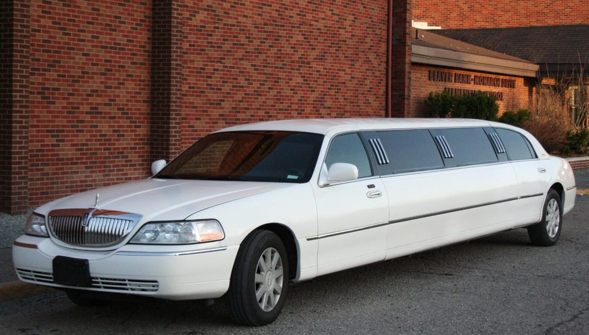 Best time to hire limousine